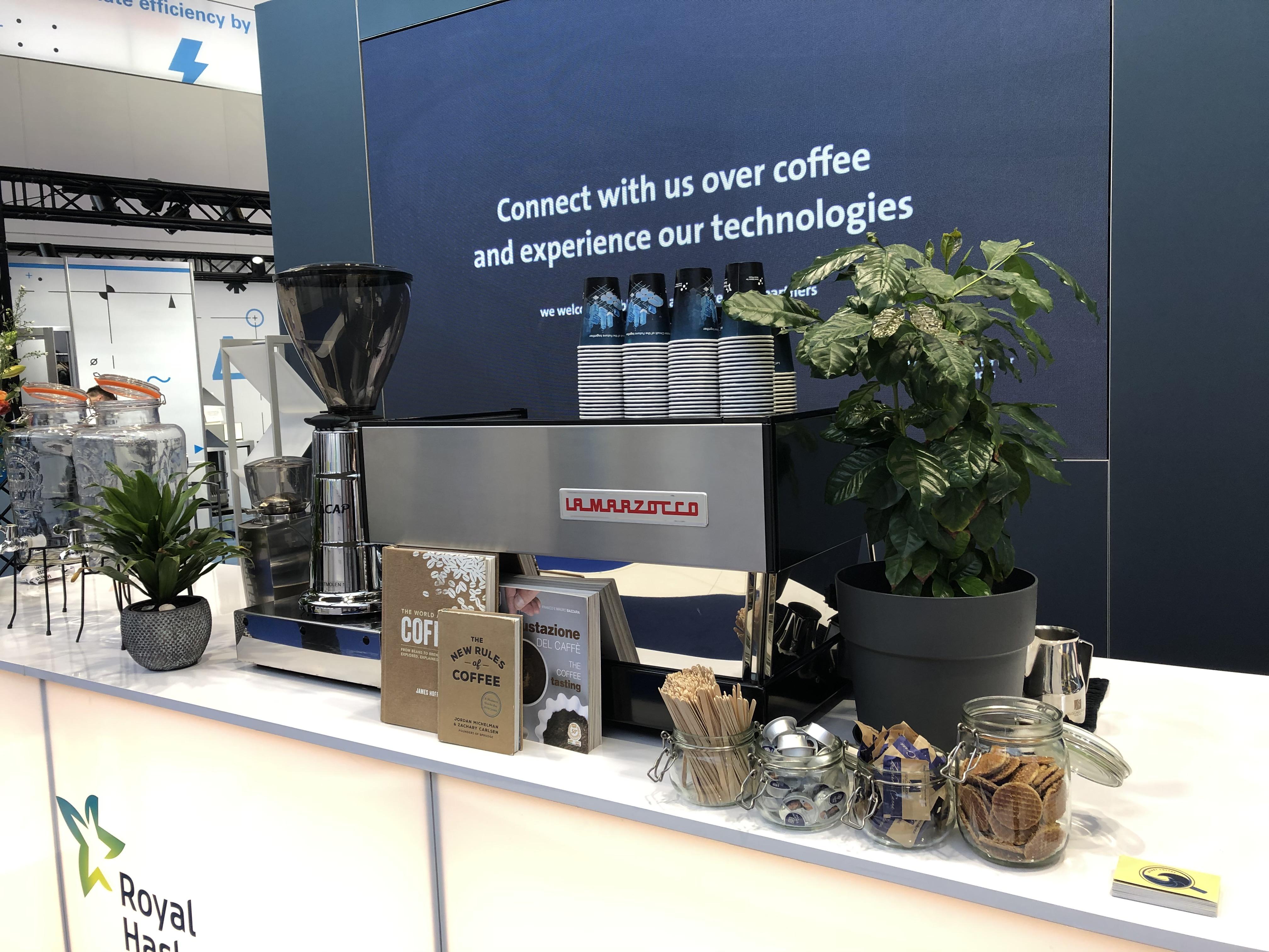 Tuktuk koffiekar huren? Een unieke mobiele koffiebar met barista op locatie